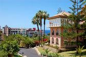 Prohlédni na vile na luxusní hotel, ostrov tenerife, španělsko — Stock fotografie