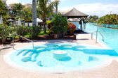 Jakuzili lüks otel, tenerife adası, spa, yüzme havuzu — Stok fotoğraf