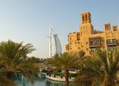DUBAI, UAE - AUGUST 27: The world's first seven stars luxury hot — Stock Photo