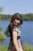 Göle kız — Stok fotoğraf