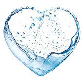 情人节心用的蓝色的水溅白背上孤立 — 图库照片