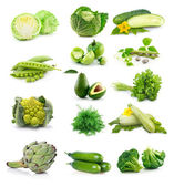 Zbiór świeże zielone warzywa na białym tle — Zdjęcie stockowe