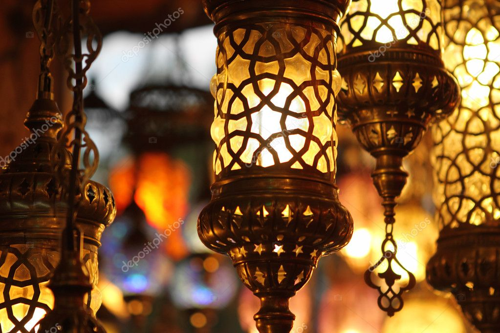 Traditional vintage Turkish lamps over light background in the night — Stock Photo #9210106