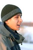 Tonåring i vinter — Stockfoto