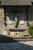 Wood Crucifix Memorial of the First and Second World War, near Velden (Carinthia, Austria) — Stock Photo