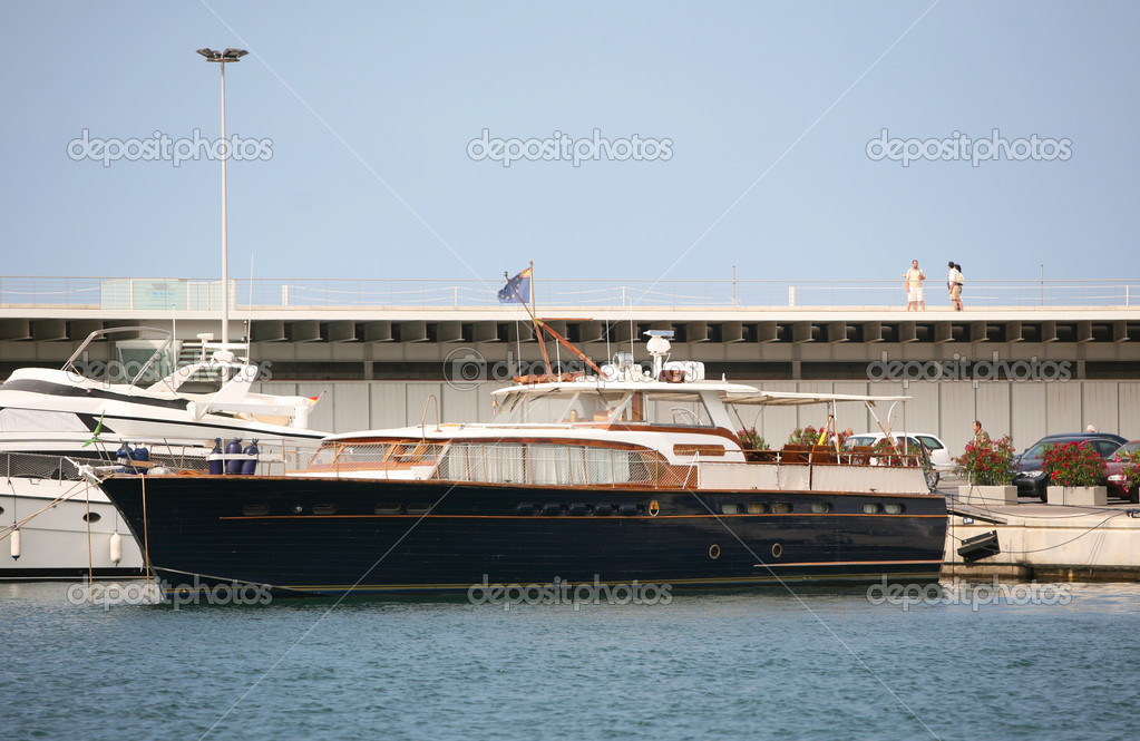 VALENCIA, SPAIN, JUNE 21: The ship anchored in the port of Valencia, 2009 in Valencia, Spain  Stock Photo #9537454