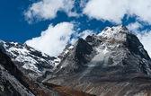 Berge in der nähe von gokyo im himalaya — Stockfoto