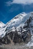 不远峰 gorak 薛和珠穆朗玛峰大本营 — 图库照片
