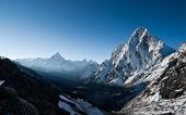 Cho La pass at dawn in Himalayas — Stock Photo