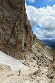 Caminata en el monte dolomitas — Foto de Stock