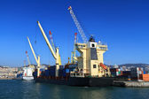Countainer ship in port — Stock Photo