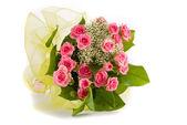 Schöne Rosen-Bouquet auf weißem Hintergrund — Stockfoto