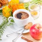 Elegant fresh breakfast — Stock Photo