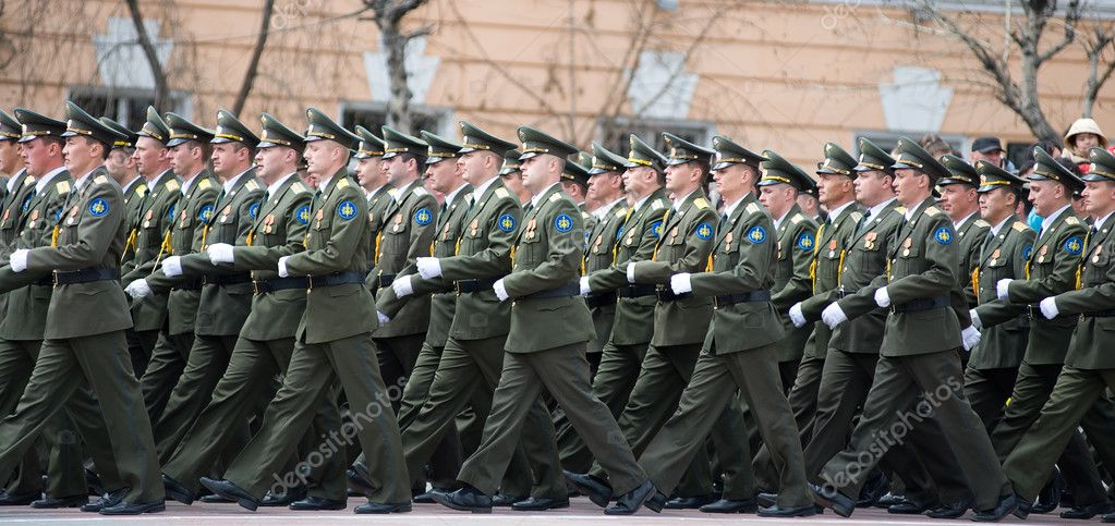 ULAN-UDE, RUSSIA - MAY 9: Russian officers march at the parade on annual Victory Day, May, 9, 2010  — Stock Photo #8019880