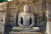 Buddha statue in meditation pose — Stock Photo