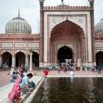 Jama Masjid minaret, India's largest mosque — Stock Photo #9681879