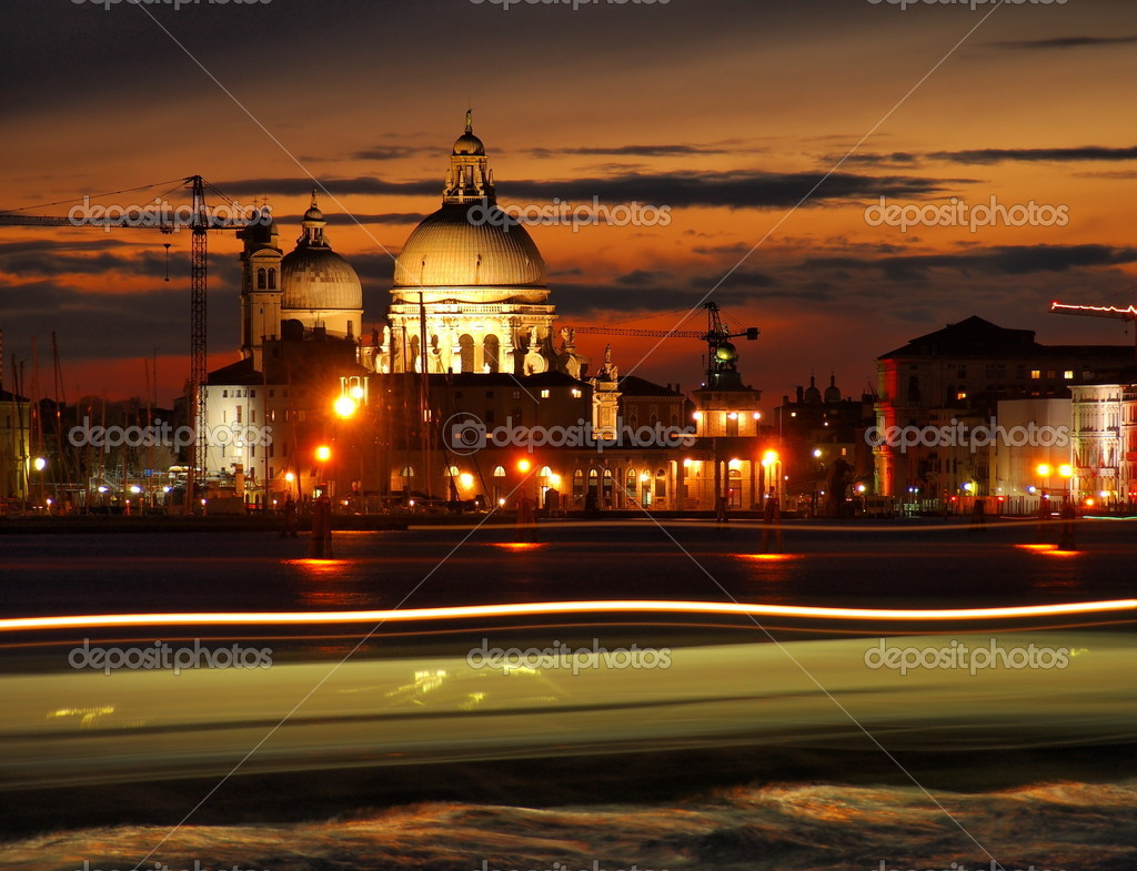 Famous italian landmark, photo was taken in February — Stock Photo #9807586