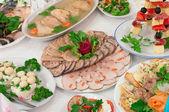 Catering voedsel op een bruiloft — Stockfoto
