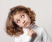 少女思考 — ストック写真