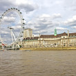 The London Eye and the Thames river — Stock Photo