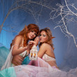 Foto Stock: Elves in magical forest