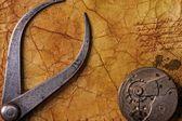 Antik maşa ile vites eski dokulu kağıt — Stok fotoğraf