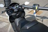 Motor electro opladen — Stockfoto