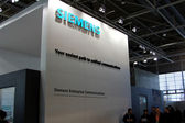 HANNOVER, GERMANY - MARCH 10: stand of Siemens on March 10, 2012 in CEBIT computer expo, Hannover, Germany. CeBIT is the world's largest computer expo. — Stockfoto