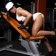Image of muscle woman in gym — Stock Photo