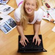 Image of woman with laptop — Stock Photo