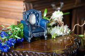 Still life with antique frame in the form of the chair — Foto de Stock