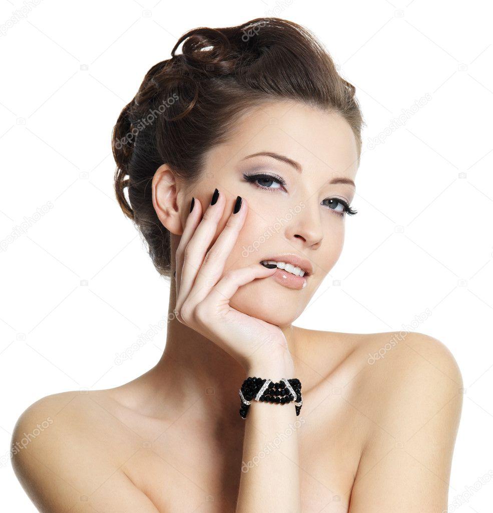 Секс девушки с чёрными ногтями 22 фотография