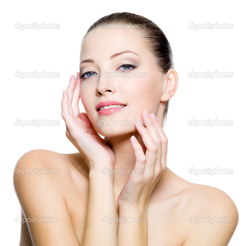 how to clean face naturally in hindi