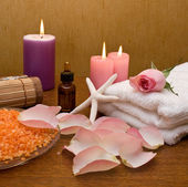 Pink rose and spa products — Stock Photo