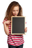 Chica con pizarra — Foto de Stock