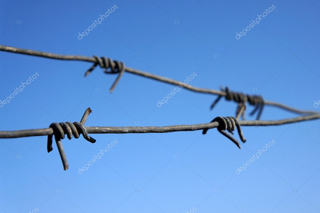 Closeup of rusty barbed wire — Stock Photo #9573458