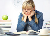Student in library — Stock Photo