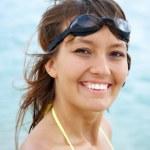 Beautiful young woman in bikini — Stock Photo #9902902