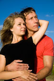 Giovani coppie in amore — Foto Stock