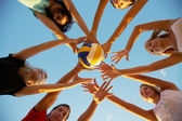 Volleyball am strand — Stockfoto