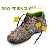 Concept. chaussures écologiques. — Photo