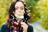 Girl with dandelion — Stock Photo