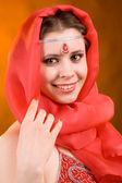 Mujer en un pañuelo rojo — Foto de Stock