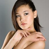 Fashion portrait of a girl — Stock Photo
