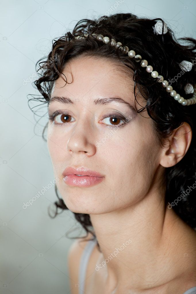 The elegant caucasian young girl. — Stock Photo #9885071