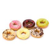 白い背景上に分離されておいしいドーナツ — ストック写真