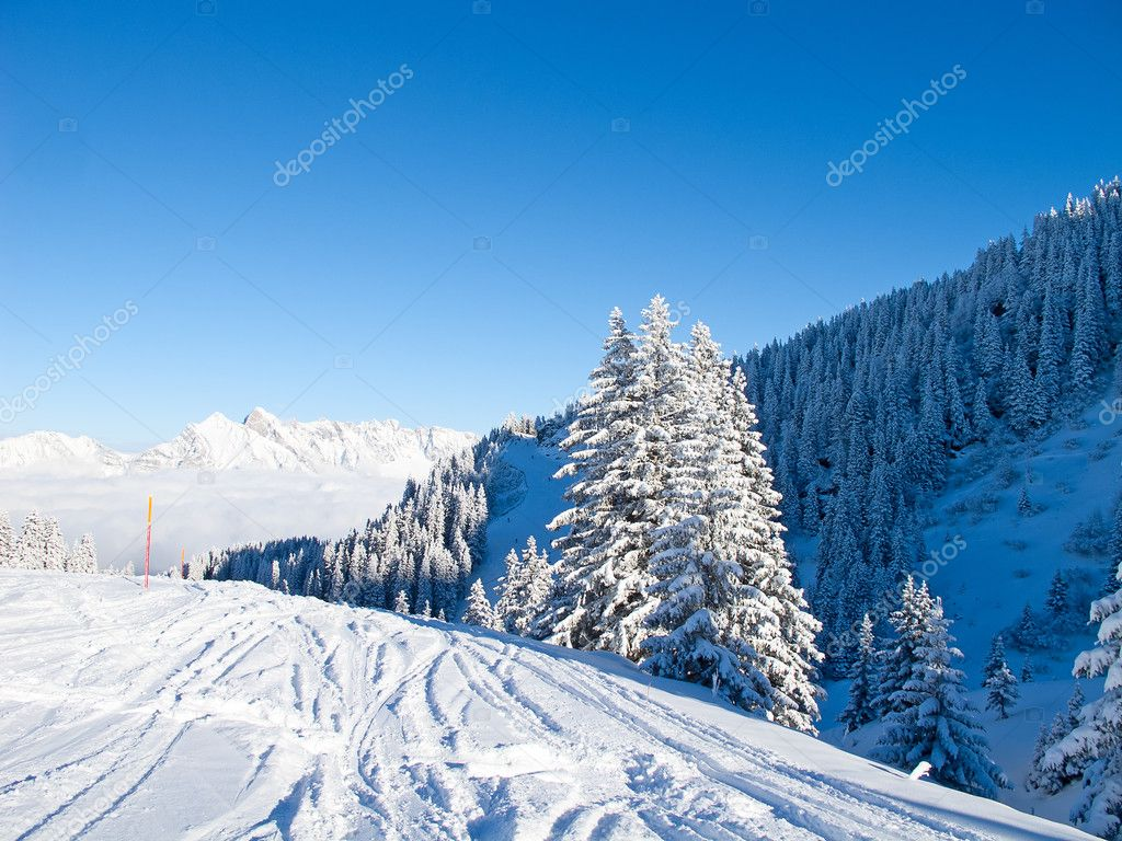 Winter in the swiss alps, Switzerland — Stock Photo #9685373
