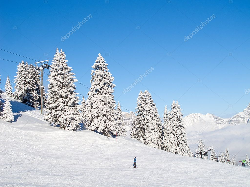 Winter in the swiss alps, Switzerland — Stock Photo #9685377