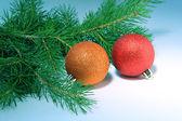 Topları ile noel ağacı — Stok fotoğraf