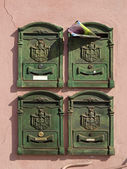 Green postbox (mailbox) in Italy, Europe — Stock Photo